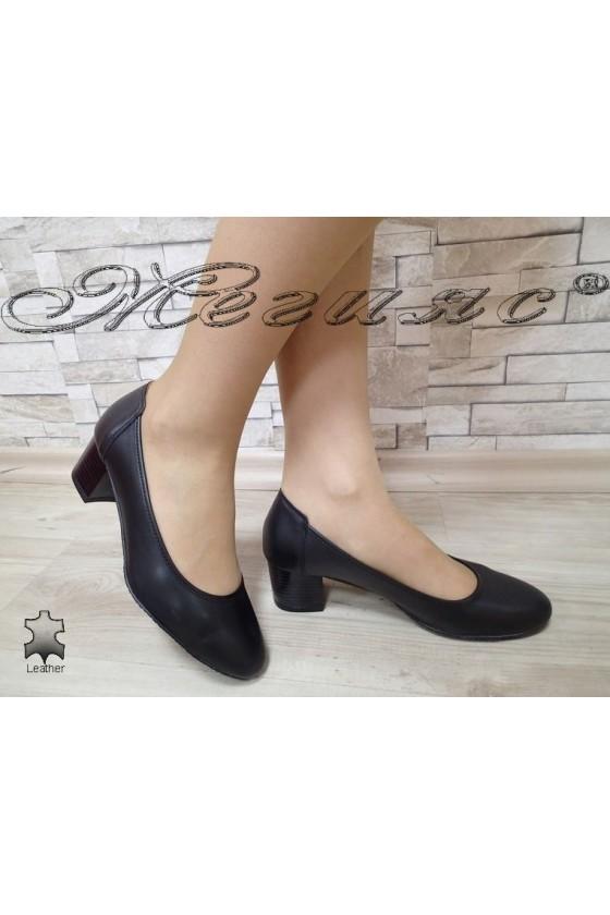 Дамски обувки 3017 черни  естествена кожа