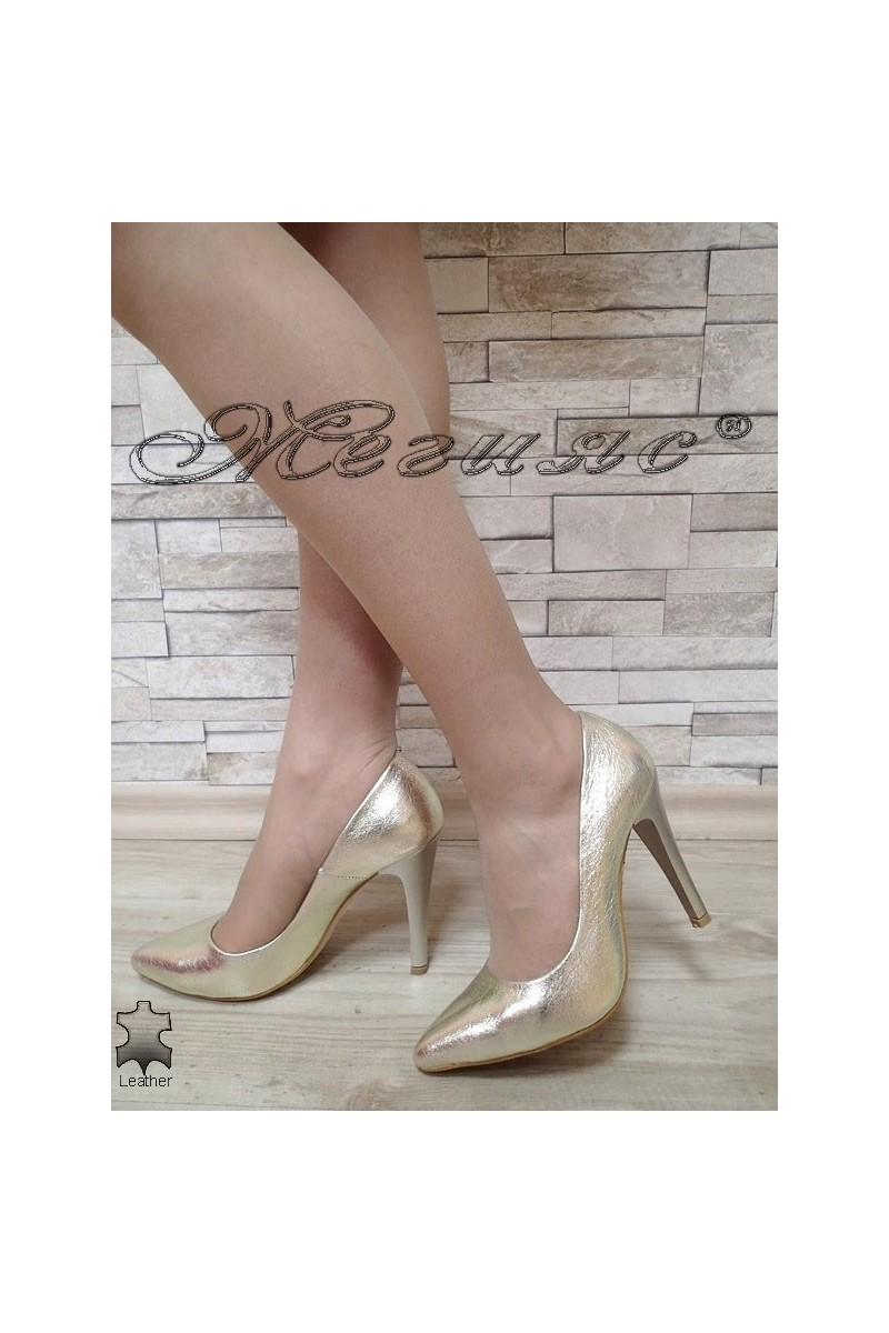 Lady shoes 423 gold leather