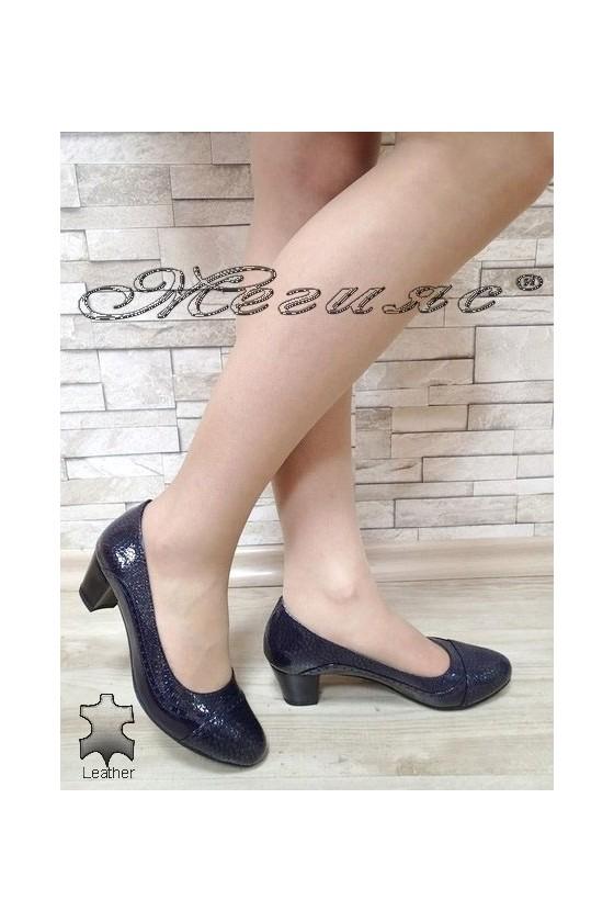 Дамски обувки 933-05 сини лак с широк ток