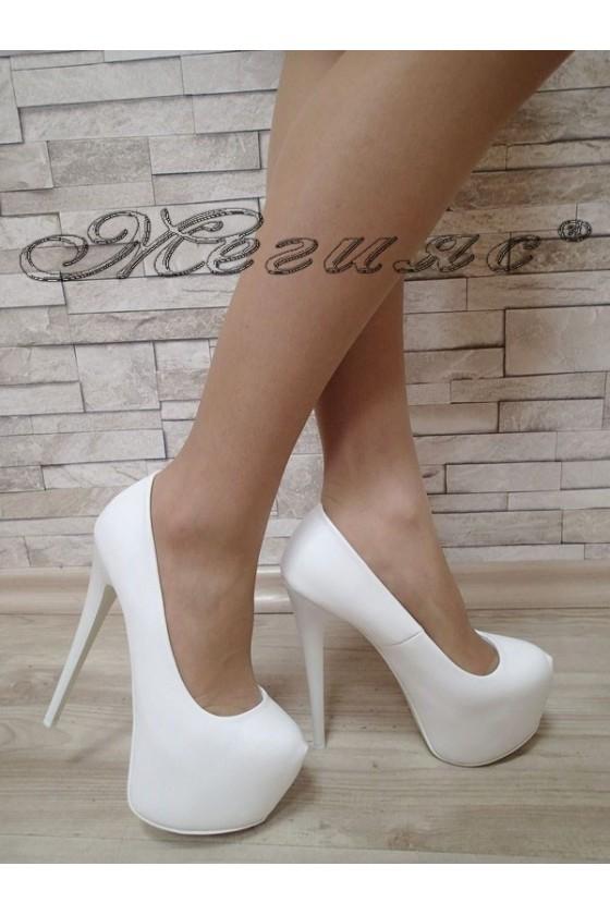 Дамски обувки Carol S1720-128-5 бели елегантни с платформа и висок ток