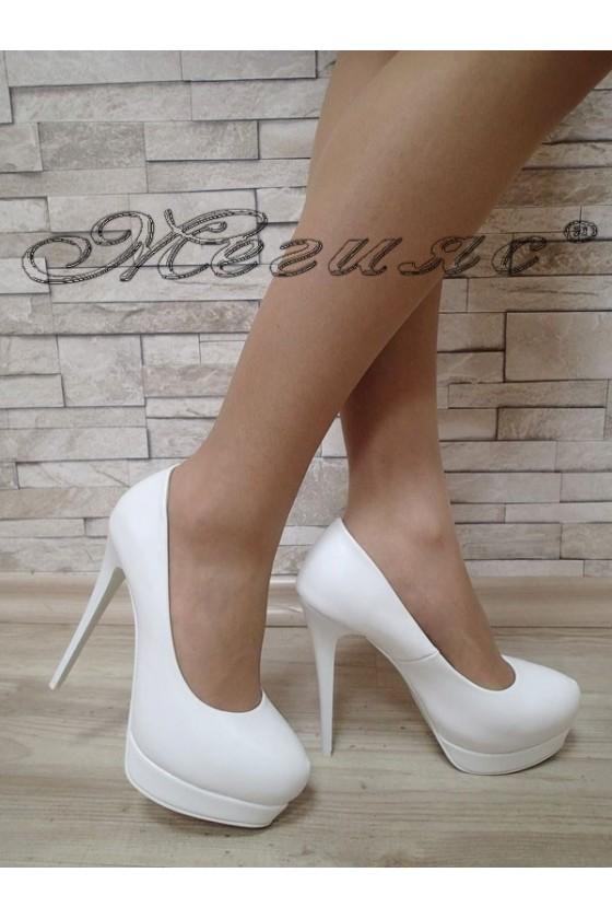 Дамски обувки Carol S1720-129-1 бели елегантни от еко кожа с висок ток