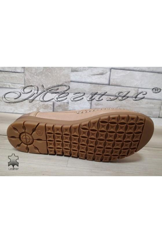 Дамски ортопедични обувки 134 бежови ежедневни естествена кожа