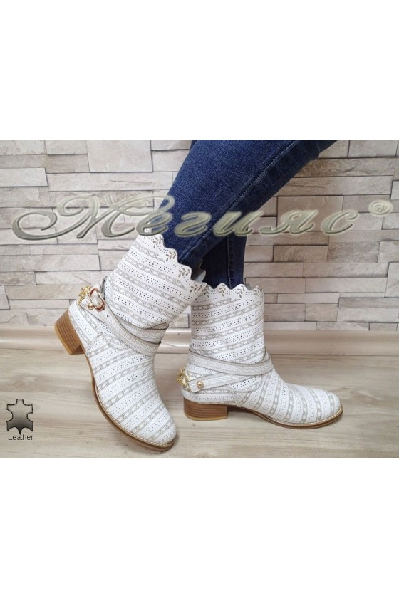 Women summer boots 2050 white leather