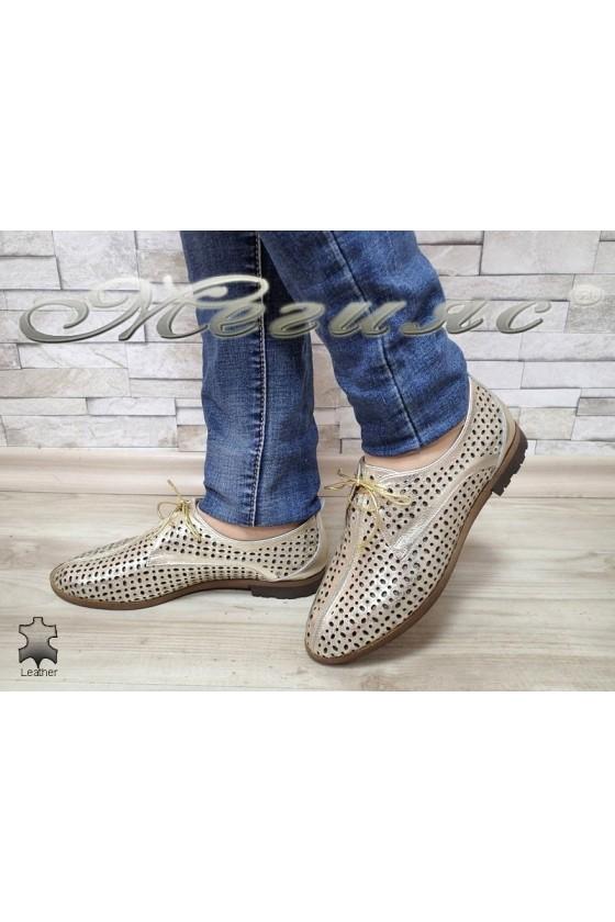 Дамски обувки 721-02 златисти с перфорация от естествена кожа