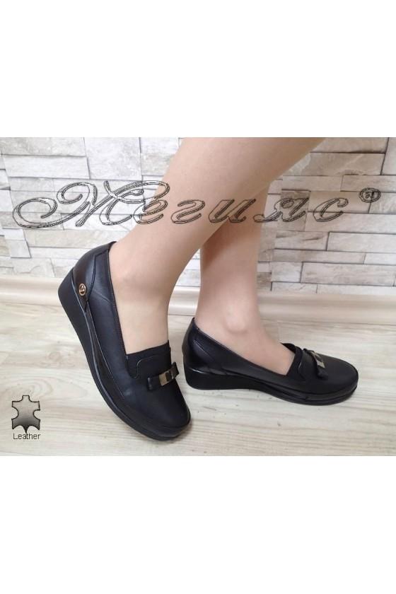 Дамски обувки 2000 черни от естествена кожа с платформа