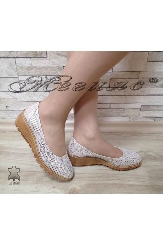 Дамски обувки сребристи от естествена кожа с платформа