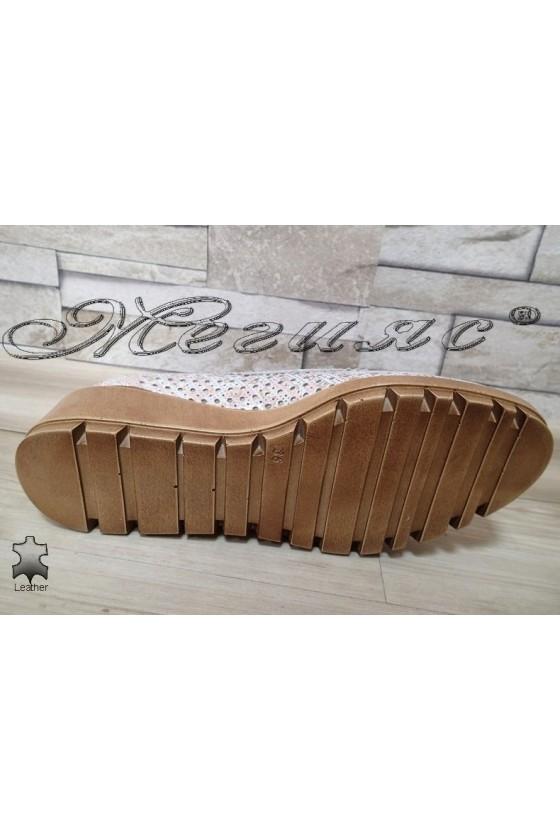 Дамски обувки сребристи от естествена кожа с платформа 504