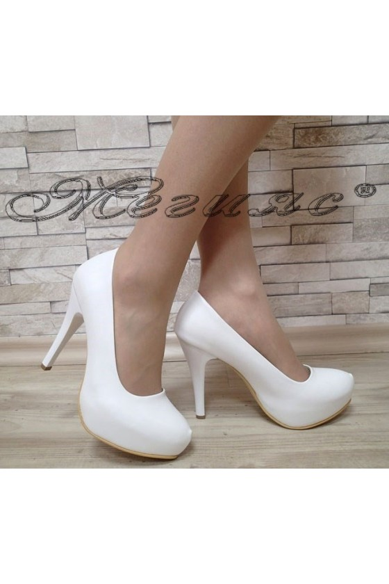 Дамски обувки Ато 500 бели мат елегантни с платформа и висок ток