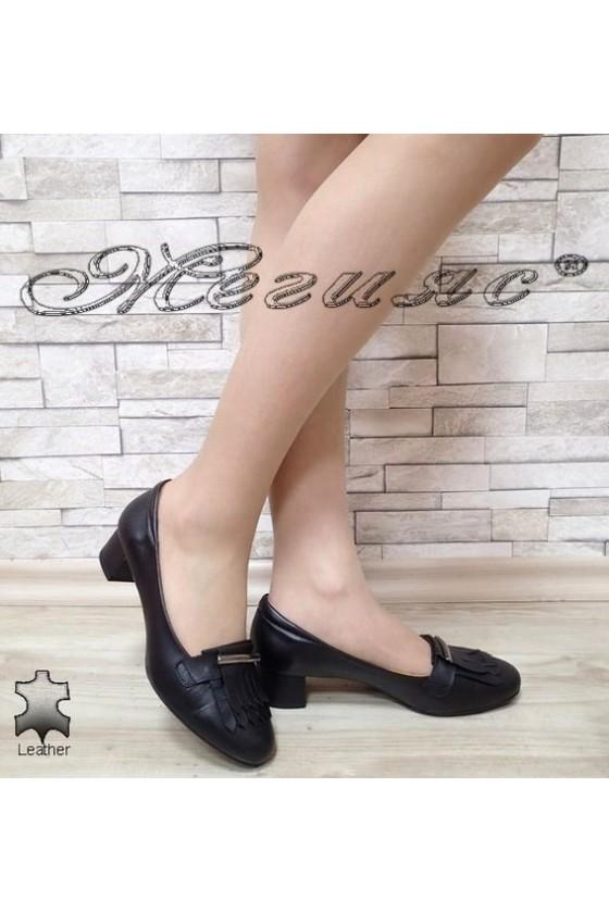 Дамски обувки 3014 черни на широк ток от естествена кожа