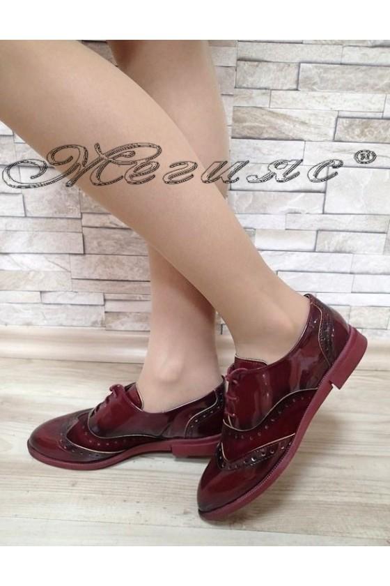 Дамски обувки 450 бордо лак с велур ежедневни с връзки