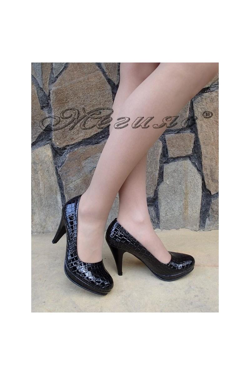 Дамски обувки А-510 черни кроко лак елегантни с ток и платформа