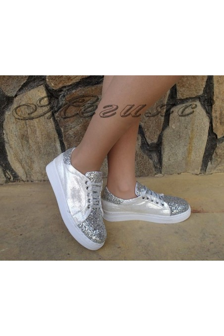 Lady sport shoes 100 silver pu