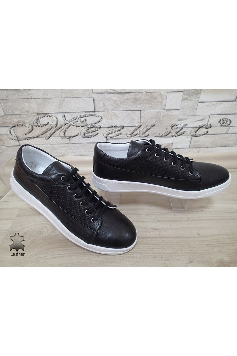 Мъжки обувки 104 спортни черни от естествена кожа