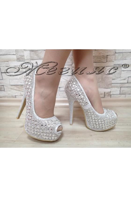 Дамски обувки Linda 1720-10 елегантни сребърни с камъни