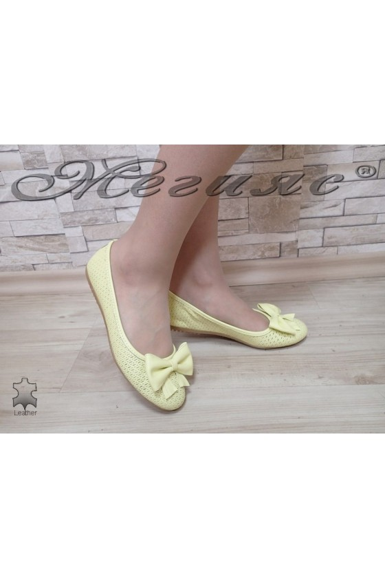 Lady shoes 1112 yellow leather
