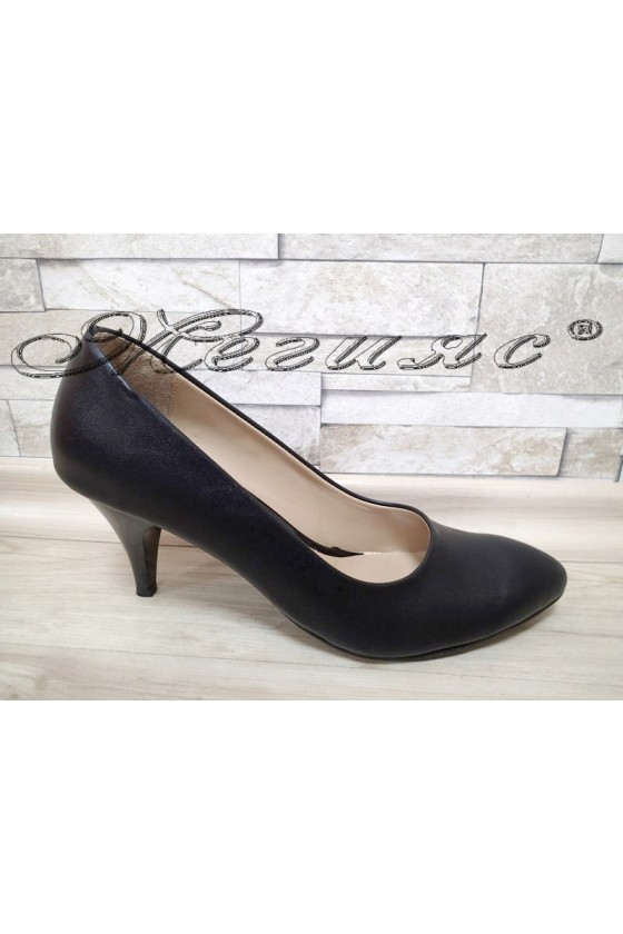 Women shoes XXL 700 black pu