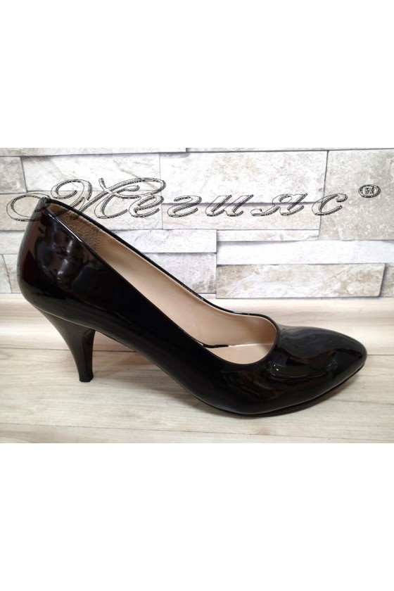 Women shoes XXL 700 black patent