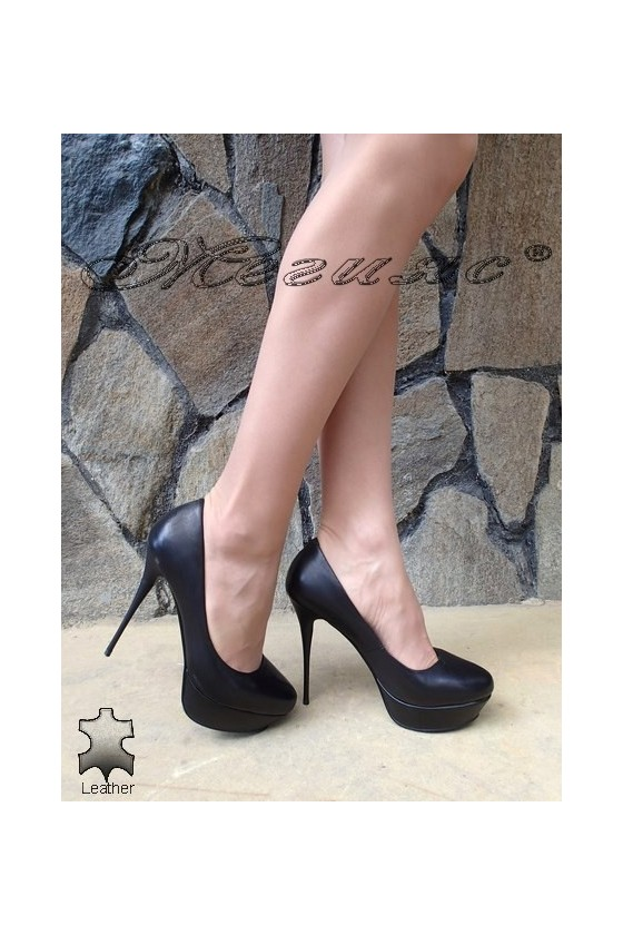 Дамски обувки Stella 1720-206 черни елегантни от естетсвена кожа