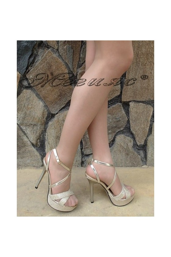 Дамски сандали Stella 1720-204 златисти от текстил на висок ток и платформа