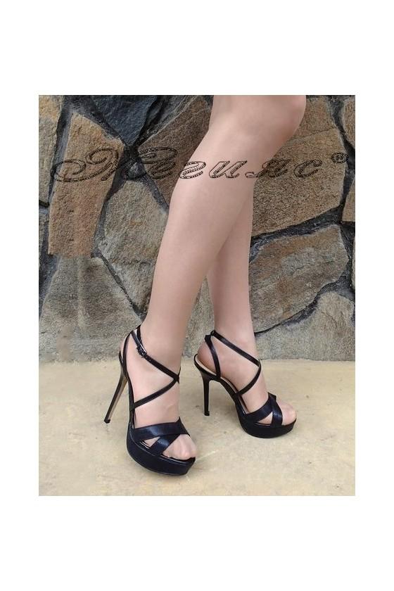 Дамски сандали Stella 1720-204 черни от текстил на висок ток и платформа