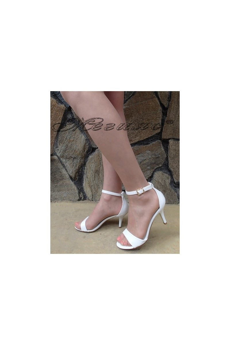 Lady elegant sandals Stella 1720-207 white pu with middle heel