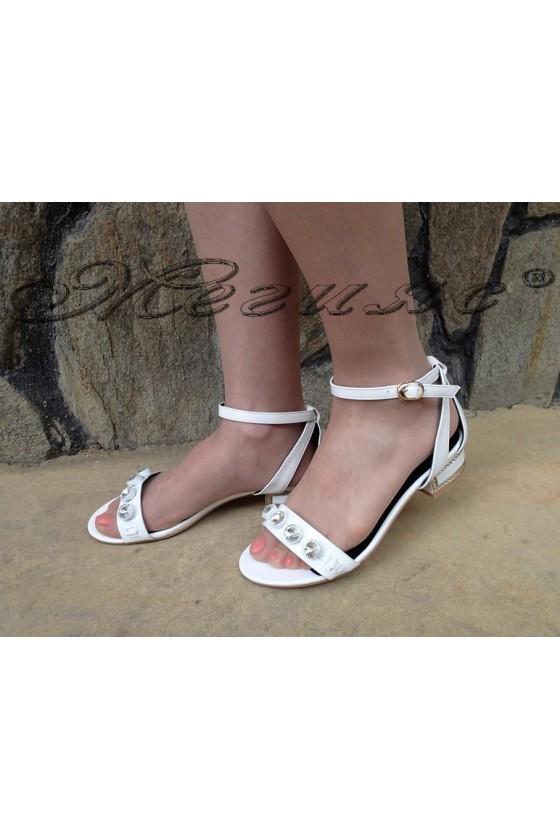 Ladies sandals Carol 1720-143-1 white