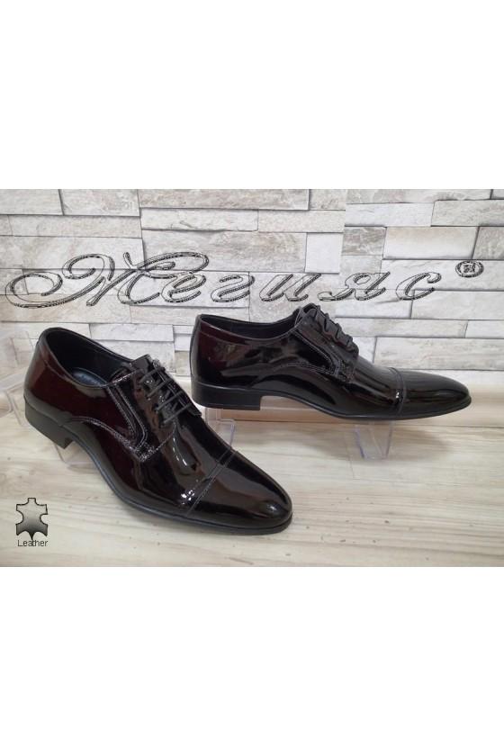 Мъжки/Юношески обувки Фантазия 8017 черни естествен лак