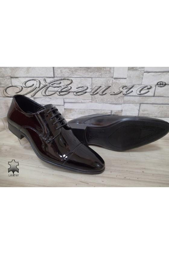 Мъжки/Юношески обувки черни естествен лак