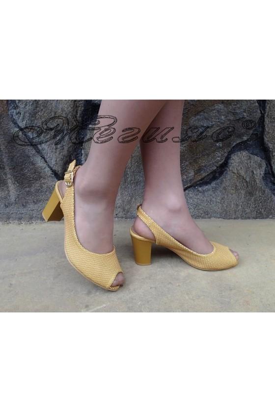 Дамски сандали 89 жълти  точки от еко кожа на ток