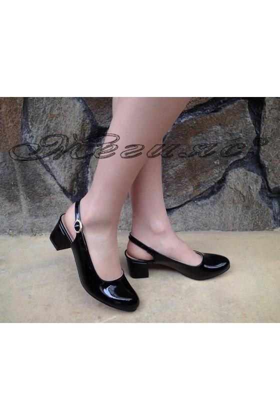 Дамски сандали А-907 черни лак от с широк ток