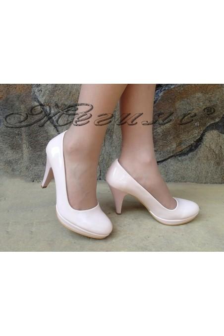 Дамски обувки 510 пудра лак елегантни на ток