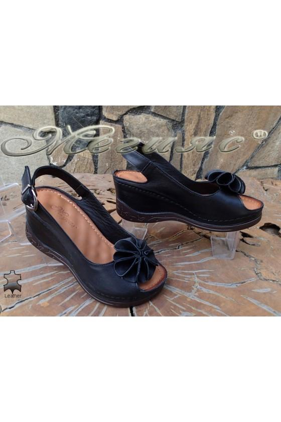 Дамски сандали XXL 1-145 гигант черни от естествена кожа на платформа