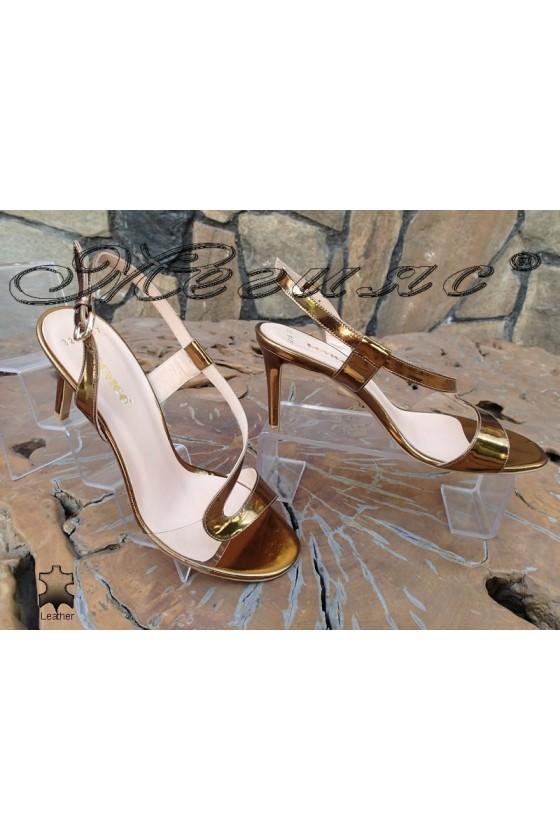 Дамски сандали 3218 златни естествена кожа с покритие лак елегантни с тънък ток