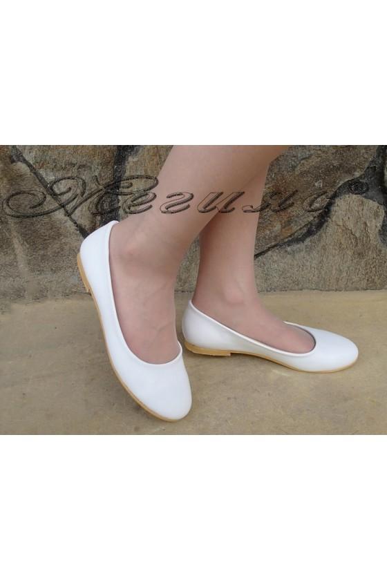 Ladies shoes 110 white pu
