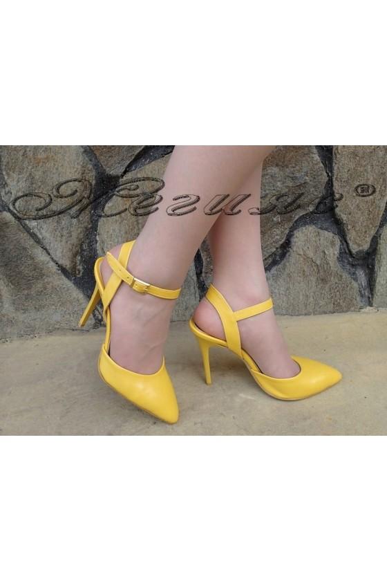 Дамски сандали К 060 жълти еко кожа елегантни с тънък ток