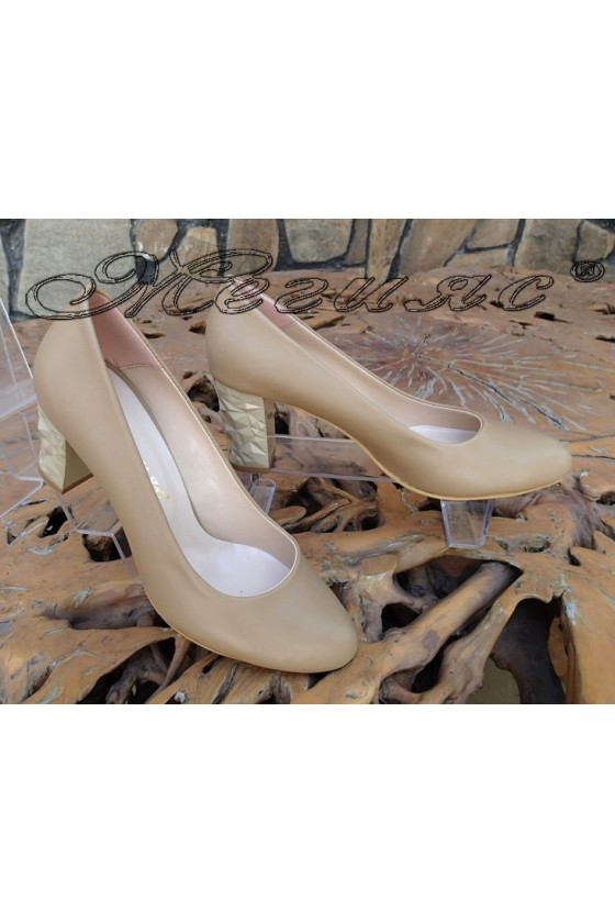 Дамски обувки 991 XXL ГИГАНТ бежови от еко кожа елегантни с широк ток