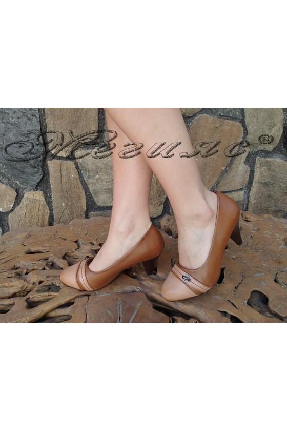 Дамски обувки MIA 155605 кафяви елегантни среден ток еко кожа