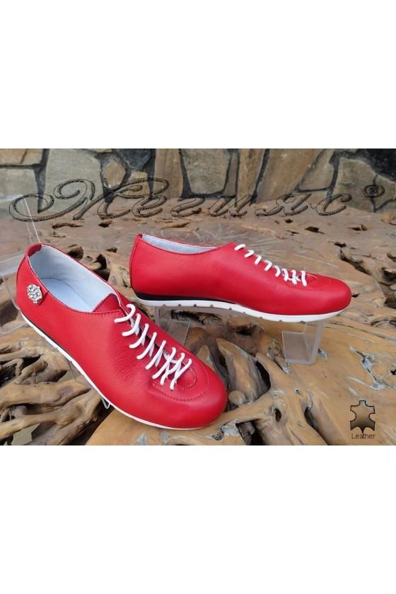 Дамски спортни обувки 3116 червени от естествена кожа