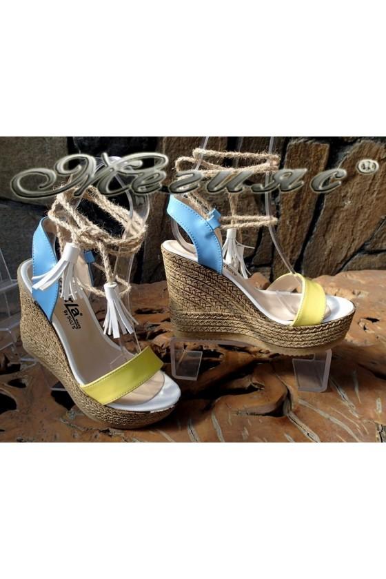 Дамски сандали 7052 жълто и синьо от еко кожа на висока платформа
