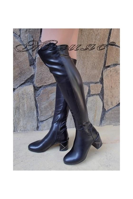 Дамски ботуши черни от еко кожа на широк ток