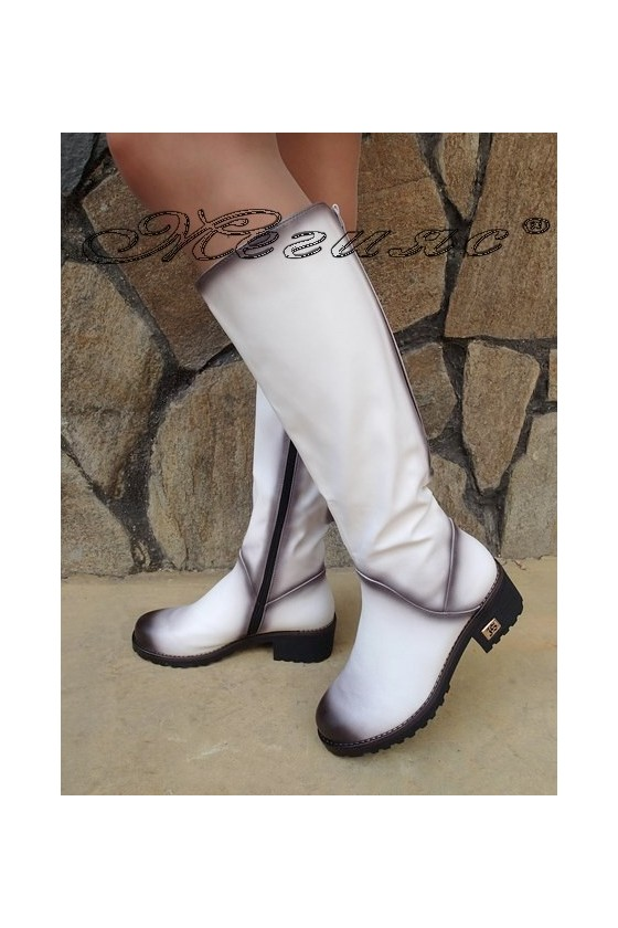 Дамски ботуши Carol W18-2048 бели от еко кожа