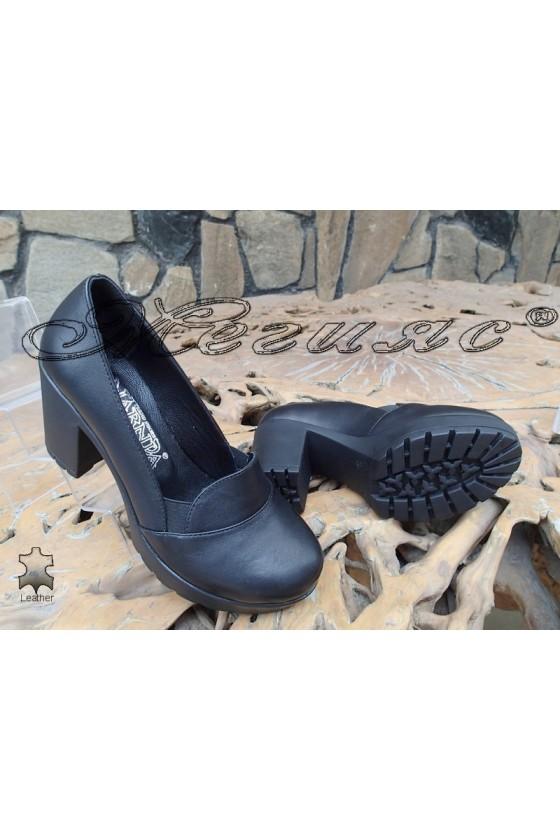 Women shoes 82-02 black leather