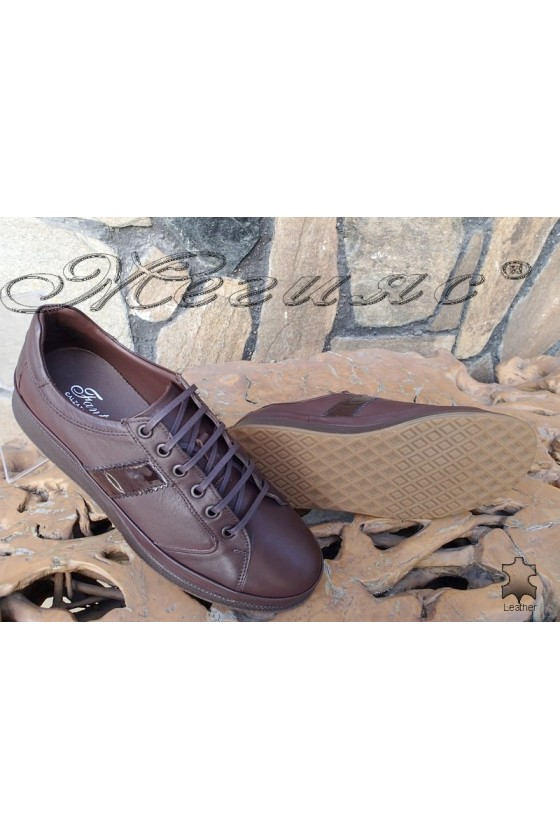 Men's shoes  142-82 dark brown leather