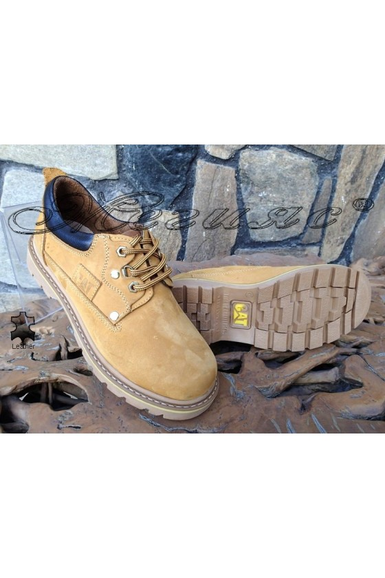 Men's shoes 10 yellow leather