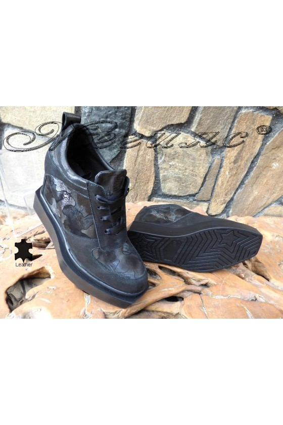 Дамски обувки 4120 черни на платформа от естествена кожа