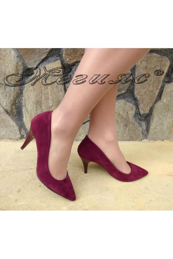 Дамски обувки 1700 бордо набук елегантни остри на  среден ток