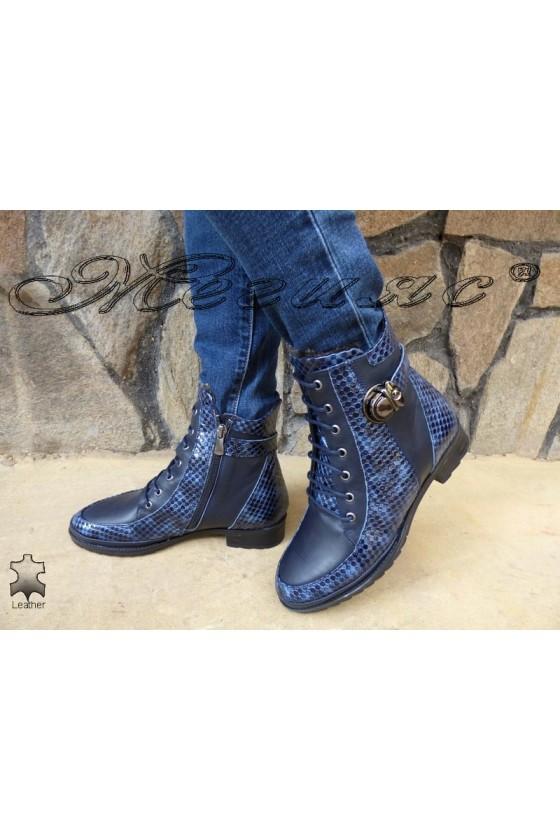 Дамски боти 4126 сини от естествена кожа с лак ежедневни