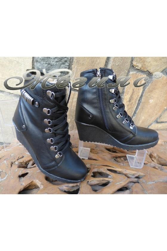 Women boots 357 black pu