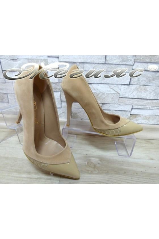 Дамски обувки 360 бежови набук с лак елегантни на висок ток