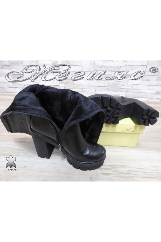 Women boots 91-01-8342 black leather